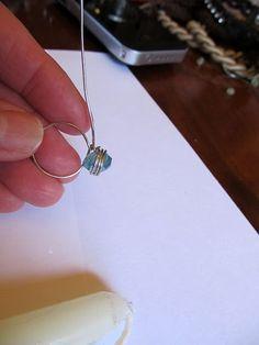 WobiSobi: Dainty, Wire Rings. DIY