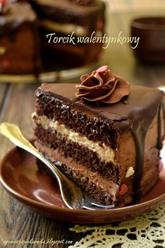 Baking Recipes, Cake Recipes, Dessert Recipes, Chocolate Caramel Cake, Torte Recepti, Vegan Junk Food, Fudge Cake, Polish Recipes, Cake Decorating Tips
