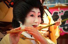 wikiHow to Look Like a Geisha -- via wikiHow.com