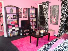 teen bedrooms for girls | ! For a girl with some zest and daring this bright zebra print room ...