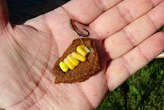 V obalovacím těstě zabalená kukuřice na přívěsu háčku » Rybářský rozcestník
