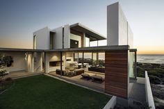 Pearl Bay residence  / Gavin Maddock Design Studio