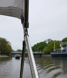 Good Monday from Turku  #turku #åbo #visitturku #kissmyturku #rainy #aurajoki #riveraura #kylmääkyytiä #summermood #seasonsofturku #seasonsoffinland #lifestyleblogger #nelkytplusblogit #åblogit