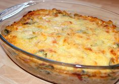 Sajtszószos rakott cukkini | Alajuli receptje - Cookpad receptek Hungarian Recipes, Mashed Potatoes, Macaroni And Cheese, Good Food, Food And Drink, Healthy Recipes, Chicken, Baking, Vegetables
