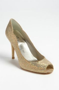 Stuart Weitzman 'Dippy' Pump available at Nordstrom