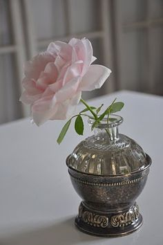 lovely container...single flower...could be any flower of choice and would be lovely still....