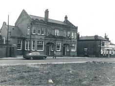 Swinton Public Baths and Halligans Pub. Spare ground was St. Used to go with school and learned to swim here. Came home during late to find it being demolished. Old Pictures, Old Photos, Salford City, Learn To Swim, School Memories, Local History, My Heritage, Primary School, Baths