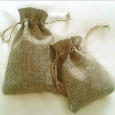 Flax  double-ply  Pouches 3 - http://www.aliexpress.com/item/Flax-double-ply-Pouches-3-x-4-8cmx10cm-Vintage-Pendant-Earrings-Ring-Jewelry-Gift-duplex-bag/2013841380.html
