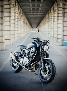 Moto : Illustration Description Yamaha XSR 700 Super 7 Scrambler by JvB-moto © Gotz Goppert Tracker Motorcycle, Scrambler Motorcycle, Motorcycle Art, Yamaha Motorcycles, Custom Motorcycles, Custom Bikes, Triumph Scrambler, Cruisers, Cafe Racing