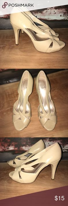Nude High Heels Strappy Size 6 Worn once. Cute & stylish nude heels. impo Shoes Heels