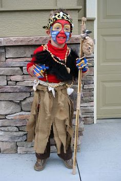 Rafiki costume for Halloween Great Halloween Costumes, Family Costumes, Baby Costumes, Costume Ideas, Rafiki Costume, Lion King Costume, Lion King Play, Lion King Jr, Banana Song