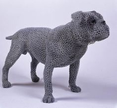 British artist Kendra Haste creates realistic animal sculptures made entirely from galvanized wire. Kendra Haste was commissioned by Historic Royal Palaces to create thirteen sculptures as installation pieces for an exhibition celebrating the Royal Menagerie at the Tower of London... Chicken Wire Art, Chicken Wire Sculpture, Dog Sculpture, Sculptures Sur Fil, Animal Sculptures, Wire Sculptures, Victorian Bulldog, Medium Art, Contemporary Artists