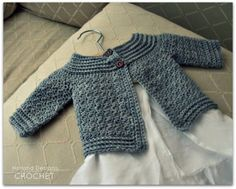 Ravelry: Classic Baby Cardigan pattern by Lisa van Klaveren Crochet Baby Sweater Pattern, Cardigan Bebe, Crochet Baby Sweaters, Baby Sweater Patterns, Baby Clothes Patterns, Crochet Cardigan Pattern, Crochet Baby Clothes, Hooded Cardigan, Baby Knitting Patterns