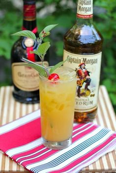 Spiced Orange Cocktail - 1 oz. Captain Morgan spiced rum 1/2 oz. Gran Gala orange liquor 2 oz. orange juice by amy.shen
