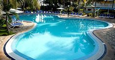 Tryp Cayo Coco Hotel, All-Inclusive hotel of Meliá Cuba in Cayo Coco. Ideal for families, diving lovers, fishing and nautical activities. Cayo Coco Cuba, Cuba Hotels, Wonderful Things, Swimming Pools, Outdoor Decor, Swiming Pool, Pools