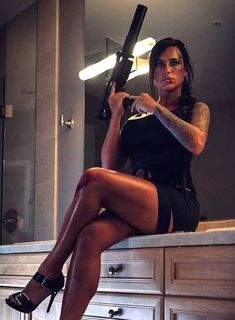 Alex Zedra aka Mara from Cod pt 3 Alex Zedra, Hunting Girls, Military Women, Female Soldier, Badass Women, Sexy Tattoos, Sexy Hot Girls, Beautiful Women, Model