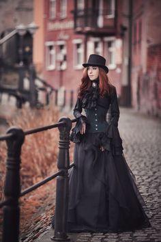 Model: Lady Lilitha [https://www.facebook.com/LadyLilitha/]