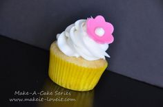 How to make gumpaste flowers for cupcakes.