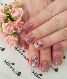 29 fotos de unhas com flores bonitas unhas decoradas curtas, unhas pintadas, unha decorada Classy Nails, Stylish Nails, Trendy Nails, Cute Nails, Ombre Nail Designs, Cute Nail Designs, Flower Nail Art, Beautiful Nail Art, Creative Nails