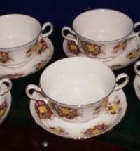 GAINSBOROUGH PORCELAIN 5 X fancy SOUP/STARTERS/ FOOD BOWLS/DISHES with SAUCERS