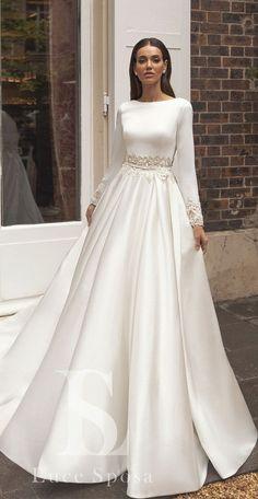 Muslimah Wedding Dress, Muslim Wedding Dresses, Wedding Dress Trends, Elegant Wedding Dress, Perfect Wedding Dress, Dream Wedding Dresses, Bridal Dresses, Hijab Bride, Muslim Brides