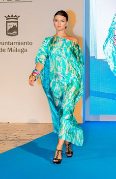 Malaga Fashion Week 2015 Pasarela Larios  SENA DESIGN (Kaftans) www.sena-design.com #Kaftan #beach #luxury #luxus #lujo #fashion #silk #seda #seide #SENADESIGN #SENA #DESIGN #beautiful #colorful #noble #modern #silk #caftans #Umstandsmode #Kreuzfahrt #cruise #crucero #wedding #beach #boda #HochzeitamStrand #travel #shopping #pasarelalarios15 #Malagafashionweek15