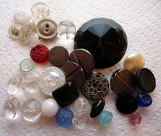 Vintage glass buttons - many black glass buttons were made during the Victorian era