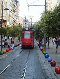 Rengarenk Kadıköy, Istanbul