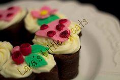 Valentines heart shaped brownies #laraslittletreats #valentines #brownie