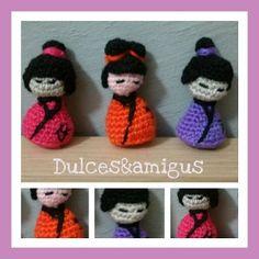 Patrón amigurumi: kokeshi o japonesita Crochet Hats, Slippers, Google, Blog, Amigurumi Patterns, Trapillo, Hand Made, Knitting Hats, Slipper