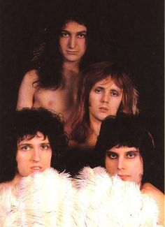 Queen// this is a dazzling photoshoot