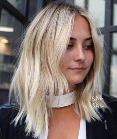 Lob For Thin Hair, Thin Blonde Hair, Thin Straight Hair, Medium Thin Hair, Medium Blonde Hair, Short Thin Hair, Haircuts For Fine Hair, Medium Hair Styles, Straight Hairstyles