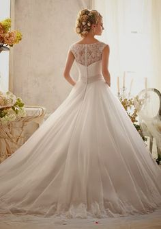 So ethereal and princess-like ~ Mori Lee by Madeline Gardner Spring 2014 Collection