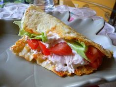 SPLENDID LOW-CARBING BY JENNIFER ELOFF: CHICKEN TACOS (AND BEEF TACOS) ~ Yummy! You won't miss the tasteless corn tacos. Visit us at: https://www.facebook.com/LowCarbingAmongFriends