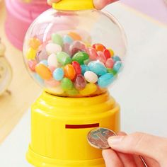 New Cute Sweets Mini Candy Machine Bubble Gumball Dispenser Piggy Bank ATM Money Box Saving Coin Box for Kids Decorative Gift Baby Candy, Cute Candy, Chewing Gum, Saving Coins, Wholesale Candy, Classic Candy, Apollo Box, Candy Dispenser, Gumball Machine