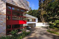 Kővel borított luxus villa Guatemala szívében,  #ablak #borítás #csodálatos #erdők #guatemala #gyönyörű #ház #kő #luxus #nagy #nyitott #otthon #otthon24 #otthonos #SolisColomer #táj #természet #ultramodern #villa, http://www.otthon24.hu/kovel-boritott-luxus-villa-guatemala-sziveben/ Olvasd el http://www.otthon24.hu/kovel-boritott-luxus-villa-guatemala-sziveben/