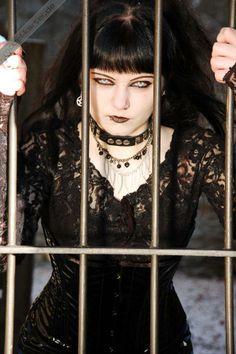 (5) Tumblr Dark Beauty, Gothic Beauty, Gothic Looks, Let That Sink In, Goth Girls, Gothic Fashion, Cyberpunk, Steampunk, Makeup