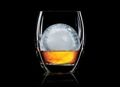 Ice + whisky