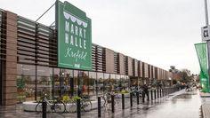 Seit Ende November 2016 präsentiert sich Real mit seinem neuen Markthallen-Konzept in Krefeld. Ein spektakulärer Neuanfang für die SB-Warenhausschiene der Metro.