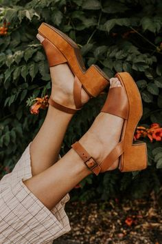 Calming Influence Platform Sandal Calming Influence Platform Sandal,Stripes and shoelaces Womens Platform Sandal – Womens Summer Shoes Cute Shoes, Women's Shoes, Me Too Shoes, 70s Shoes, Shoes Sneakers, Shoes Style, Trendy Shoes, Flat Shoes, Casual Shoes