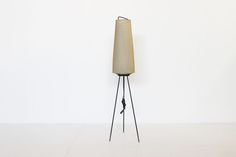 French 1950 floor lamp http://www.galerie44.com/fr/collection/luminaires/lampadaire-francais-1950-detail