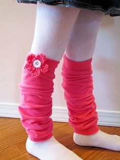 Fleece leg warmers tutorial - easy and nearly free - made with scrap fleece - Another use for all the fleece I bought one year...why didn't I think of this?