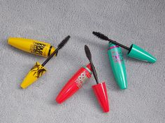 BATTLE OF THE MASCARAS: Maybelline