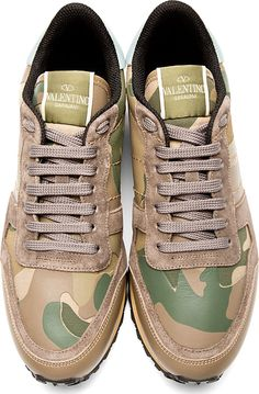 Valentino for Men Collection Tennis Sneakers, Running Sneakers, Shoes Sneakers, Boots And Jeans Men, Valentino Sneakers, Camo Designs, Sports Footwear, Mens Designer Shoes, Thing 1