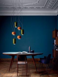 'Chouchin' by Ioanna Vautrin, Photo by Kasia Gatkowska, © Foscarini, RITRATTI-volume Dark Walls, Blue Walls, Dark Interiors, Colorful Interiors, Home Office Azul, Interior Architecture, Interior And Exterior, Deco Studio, Blue Rooms