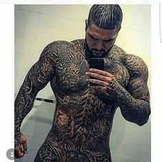 This guy doesn't need clothes Scruffy Men, Handsome Black Men, Handsome Anime Guys, Black Muscle Men, Sexy Tattooed Men, Tatted Men, Hot Guys Tattoos, Full Body Tattoo, Just Beautiful Men