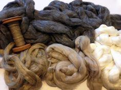 handmade by stefanie: Fiber Friday: Spinzilla Fiber Pack from Louet