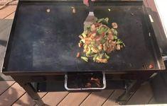 Teriyaki Chicken Stir Fry on the Blackstone Griddle - My Backyard Life Chicken Teriyaki Sauce, Hibachi Chicken, Homemade Teriyaki Sauce, Chicken Stir Fry, Hibatchi Recipes, Stir Fry Recipes, Stones Recipe, Blackstone Grill, Griddles