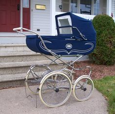 vintage perego prams - Google Search  My own Aunt really likes this http://www.geojono.com/