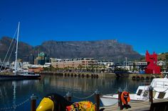 Table Mountain, one of the seven wonders of nature. by Jose Longueira